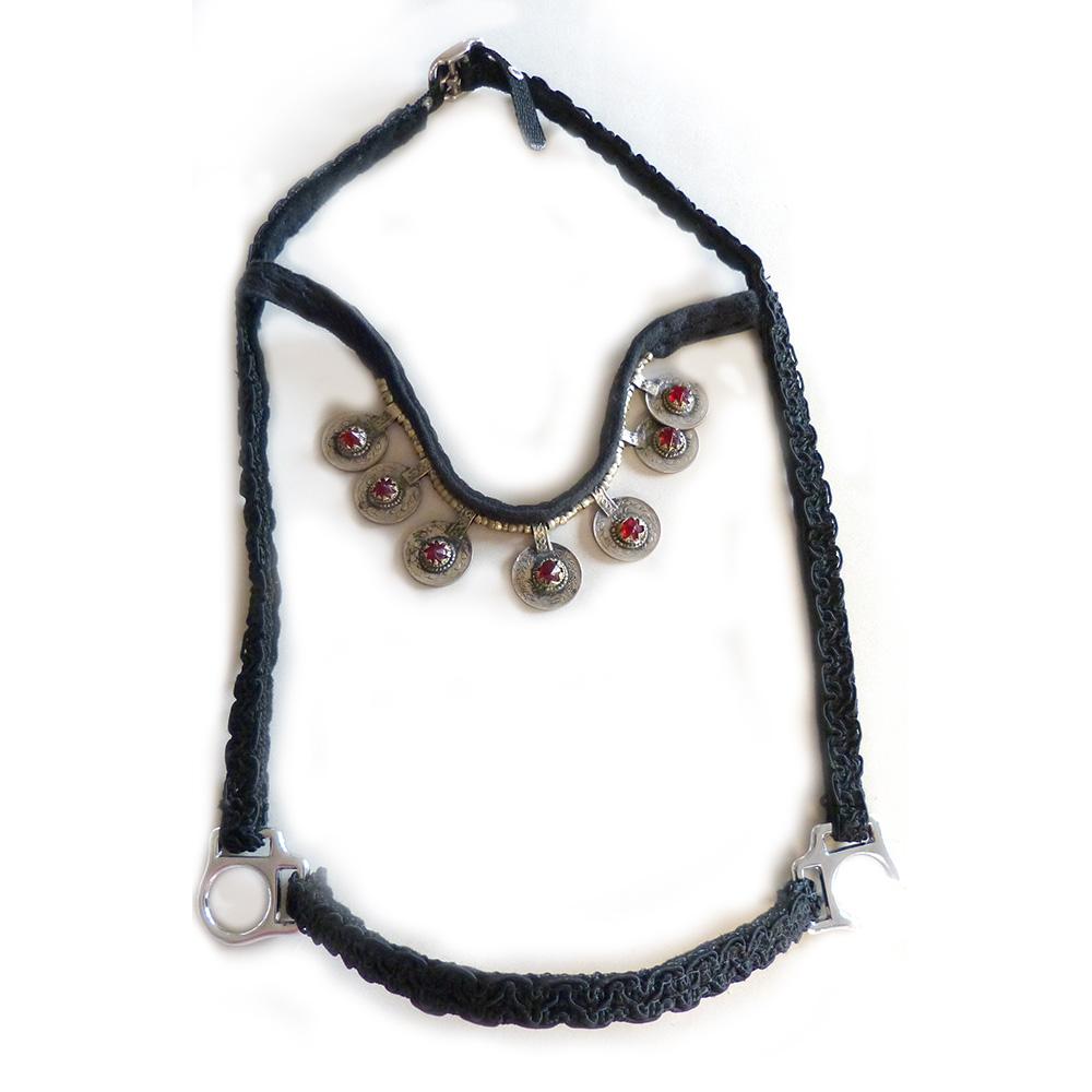 ai00258_Oriental-halter_black-silver1